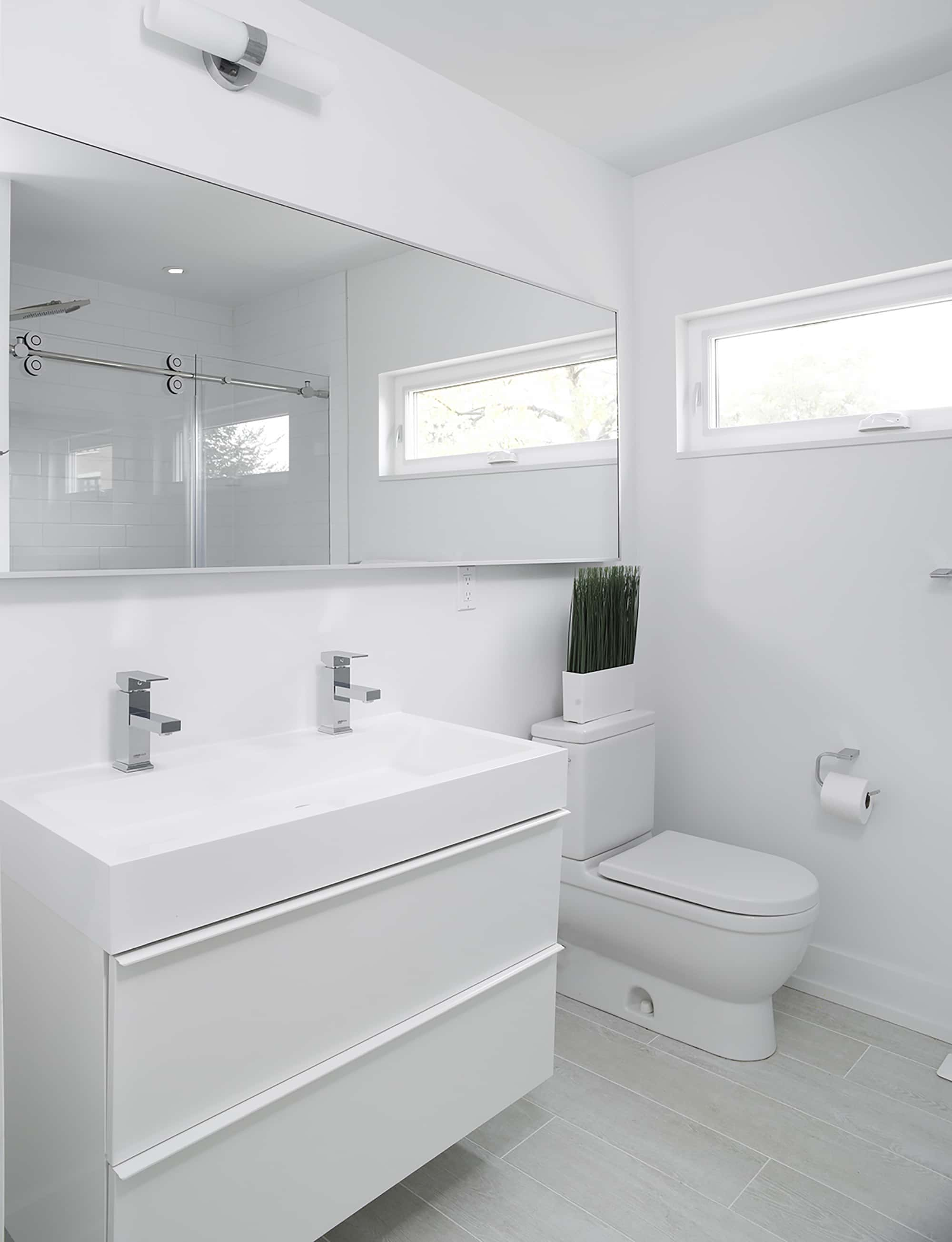 Planos de casa de dos pisos moderna construye hogar for Banos modernos negro