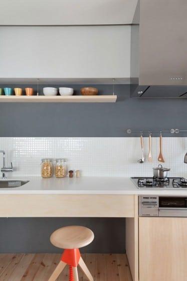 Diseño de mueble de cocina de madera color natural