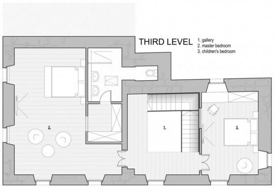 Plano del tercer piso de pequeña casa de piedra