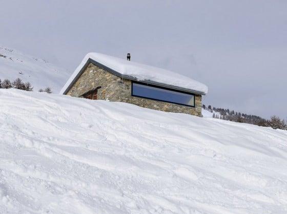 Diseño de cabaña construida en piedra
