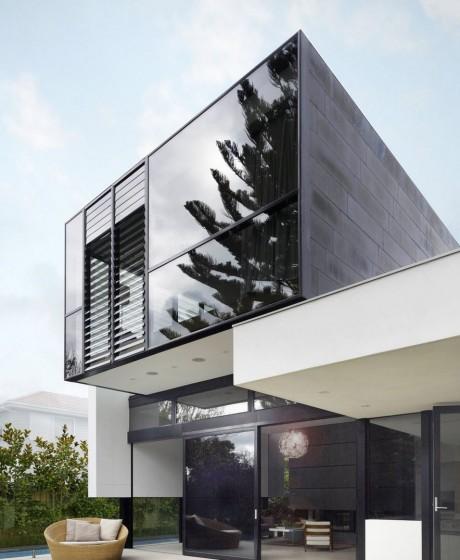 Diseño de moderna casa de dos pisos