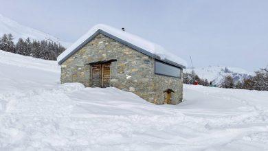 Photo of Diseño de pequeña casa de piedra, hermosa construcción que combina lo rústico y moderno