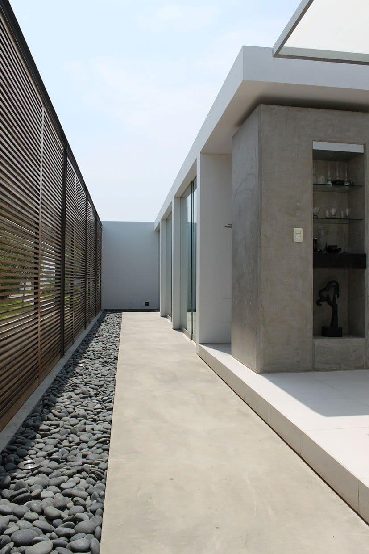 Dise o de casa de playa peque a planos Pisos modernos para casas minimalistas
