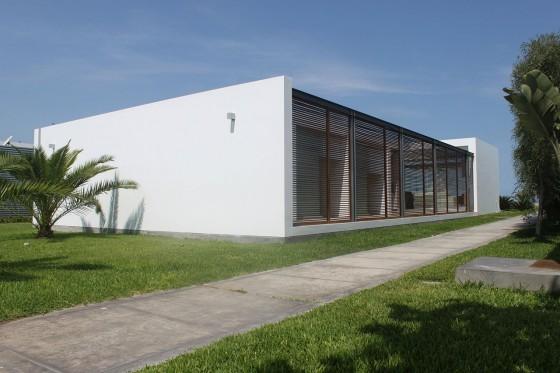 Diseño de casa de playa pequeña de un piso