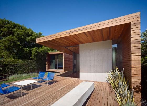 Diseño de fachada de madera de vivienda de una planta