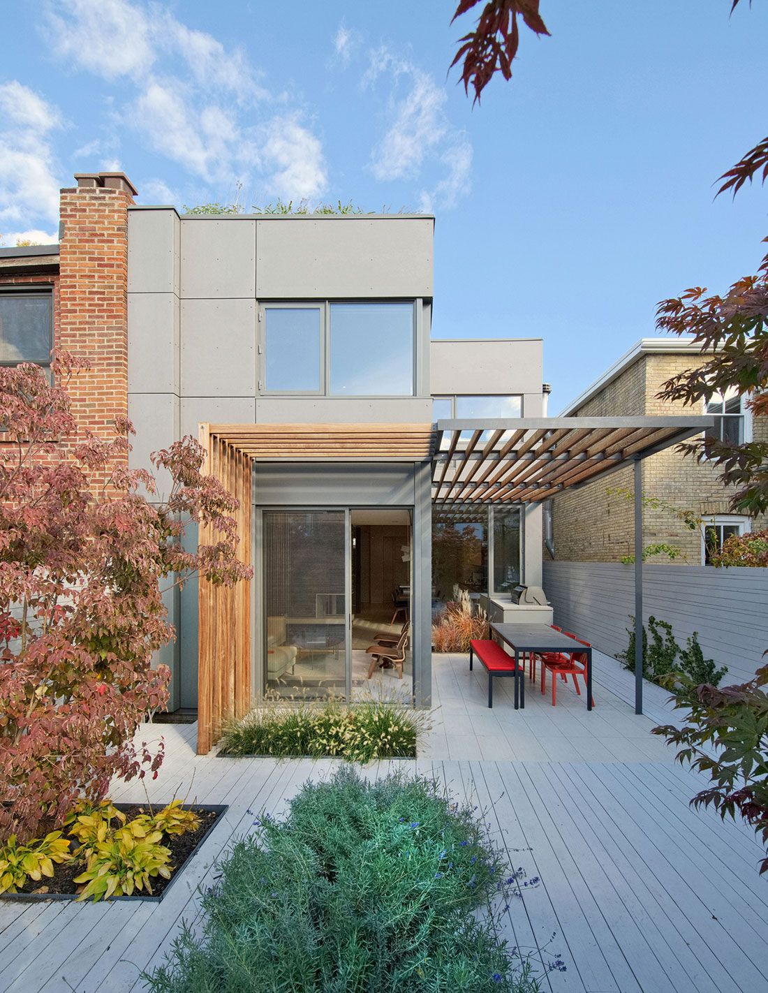 Planos de casa de dos pisos sencilla construye hogar for Planos terrazas exteriores