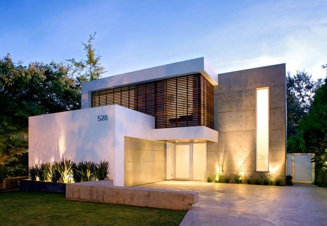 Dise o de casa moderna de dos plantas for Casa moderna 140 m2