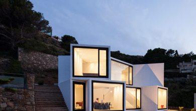 Photo of Diseño de casa de playa de dos pisos, moderna estructura de cubos orientados hacia las mejores visuales
