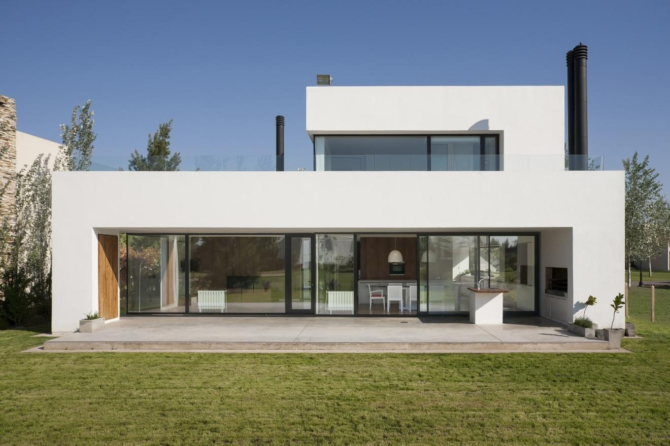 Planos de casa de dos pisos moderna for Fachada de casa moderna de un piso