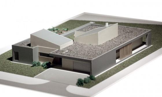 Maqueta de casa de un  piso de forma cuadrada 002