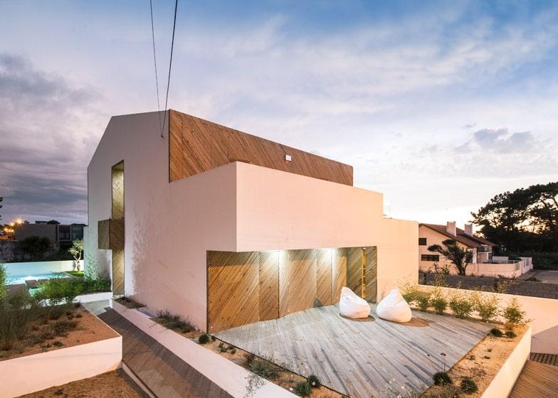 Planos de casa moderna dos pisos construye hogar for Materiales para techos de casas