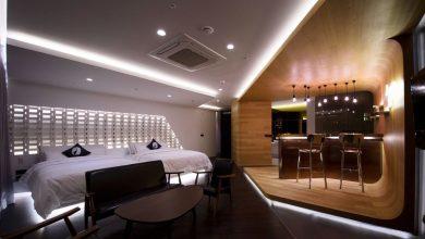 Photo of Diseño de departamento moderno con planos, interesante trabajo con la iluminación y combinación de materiales de construcción