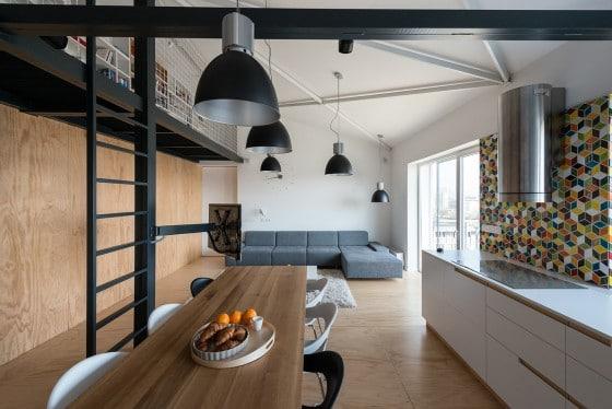 Diseño de interiores de loft para jóvenes