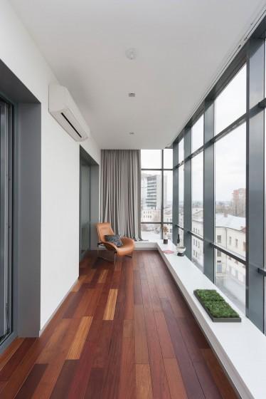 Diseño de terraza pequeña cerrada