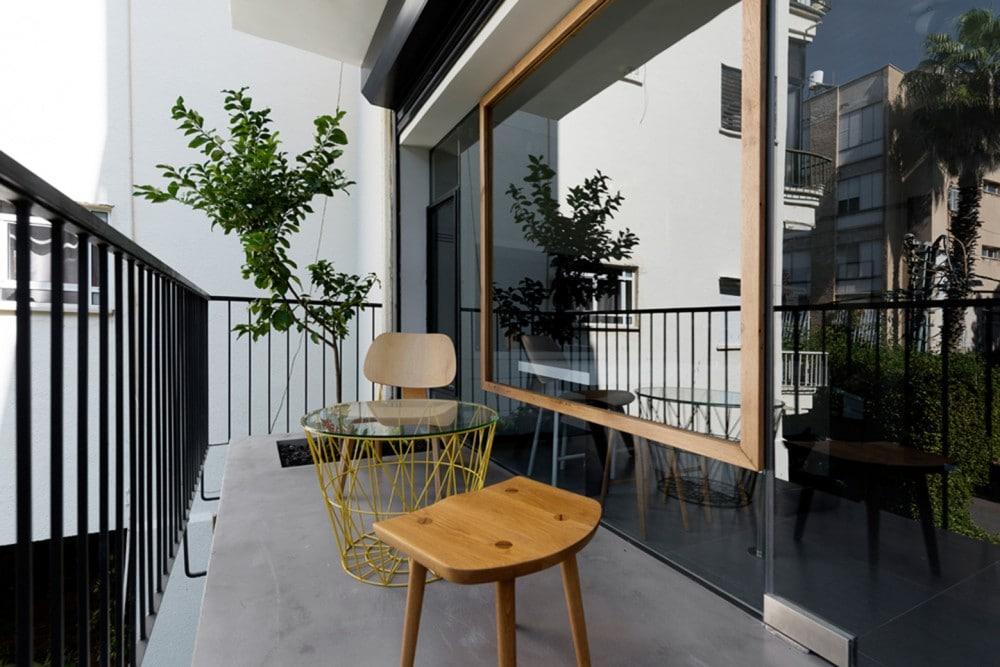 Departamentos peque os 55 metros cuadrados construye hogar for Decoracion balcon departamento