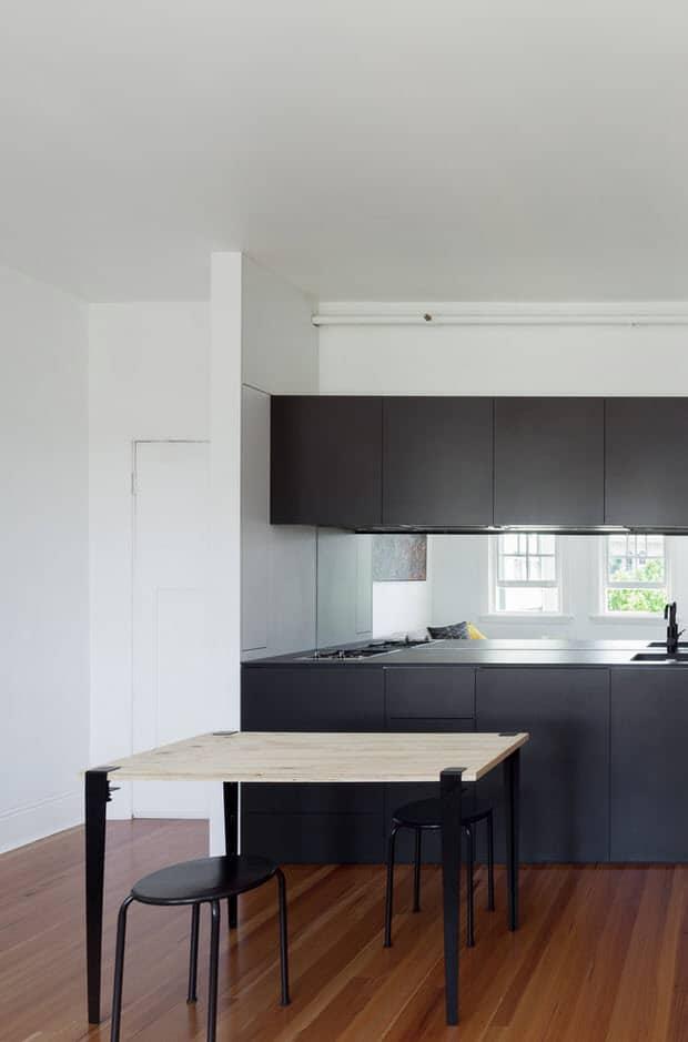 Pr ctico departamento de 27 metros cuadrados Disenos de cocina comedor pequeno