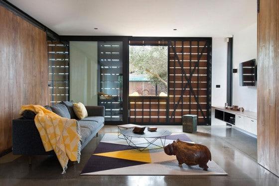 Diseño de interiores con bloques de madera cerrados