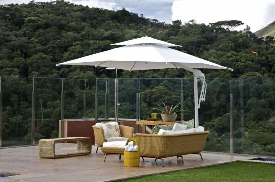 Sombrilla para terraza y muebles de fibras naturales
