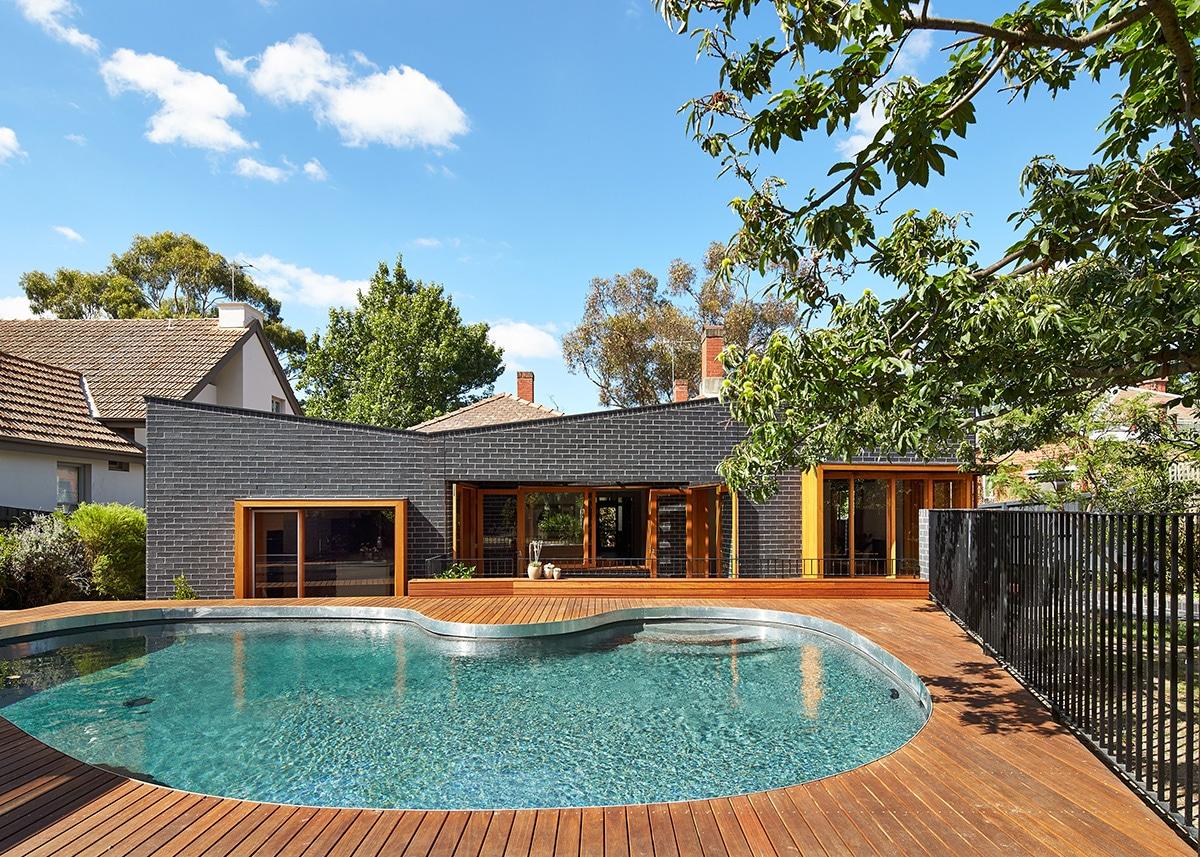 Casas moderna un piso con ladrillo construye hogar for Casas con piscina y jardin de lujo