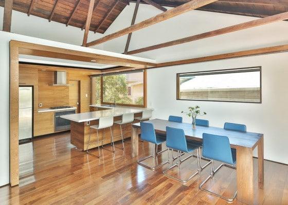 Diseño de cocina comedor de madera 002