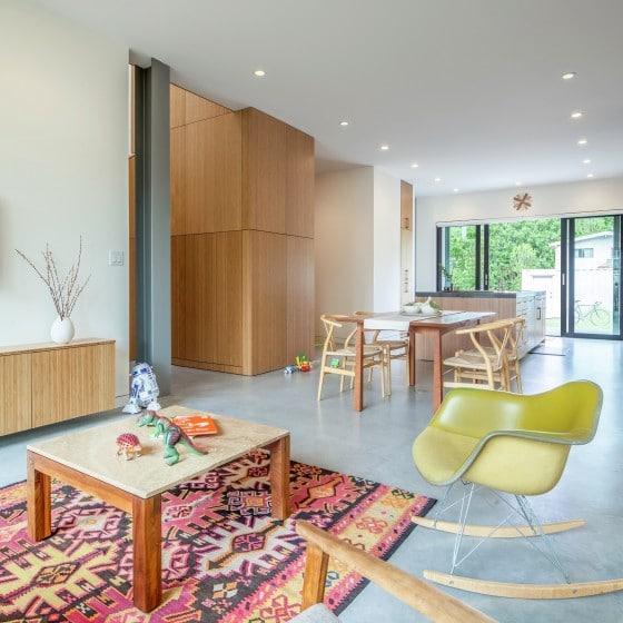 Sala, cocina y comedor casa sencilla