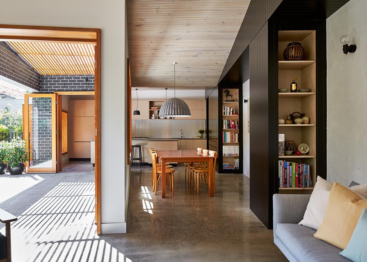 Casas moderna un piso con ladrillo - Comedor terraza ...
