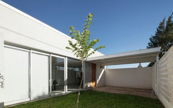 Diseño de garaje casa de un piso