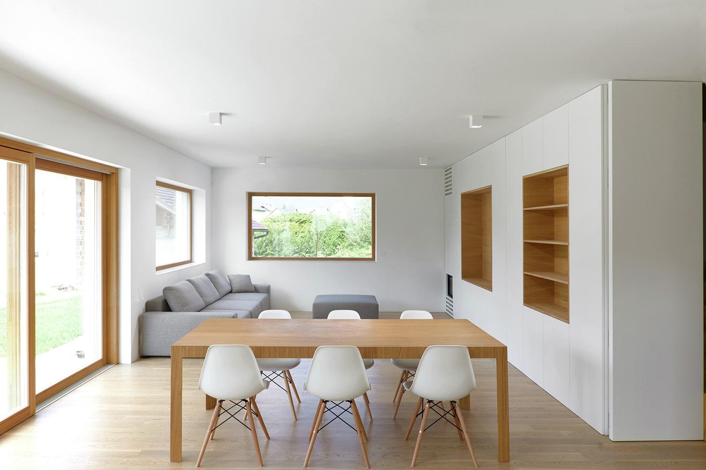 Planos de casa peque a de dos pisos for Diseno de interiores sala de estar comedor