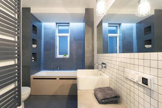 Cuarto de baño departamento moderno