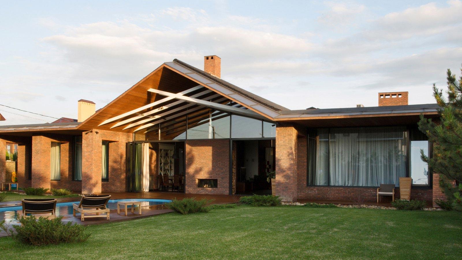 Casa de un piso de 390 metros cuadrados construye hogar for Techos exteriores para casas