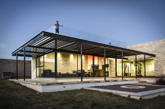 10 modelos de casas modernas de un piso ideas y estilos para construir - Arquitectos casas modernas ...
