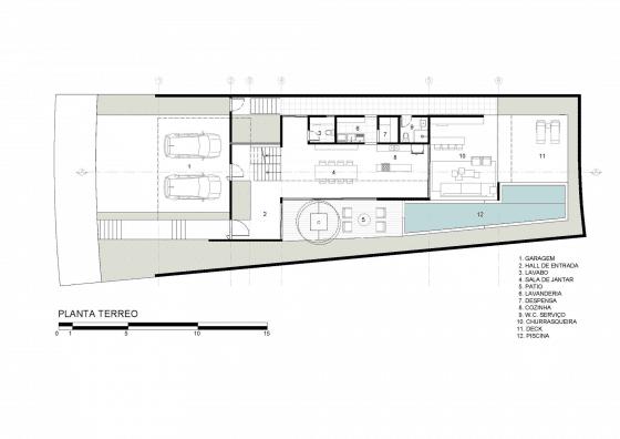Plano de casa de dos pisos con piscina -primera planta