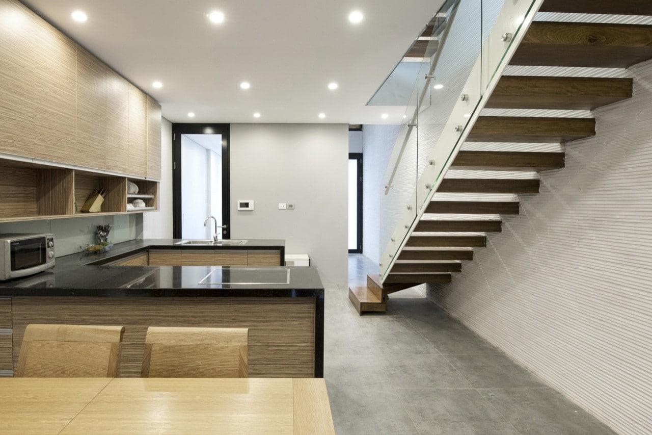 Planos de casa peque a y angosta construye hogar for Cocina 15 metros cuadrados