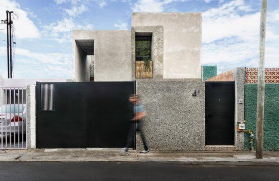 fachada-de-casa-economica-de-dos-plantas
