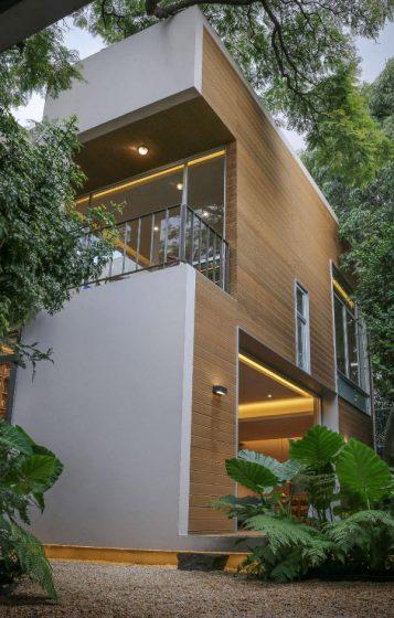 Fachada casa moderna dos pisos pequeña