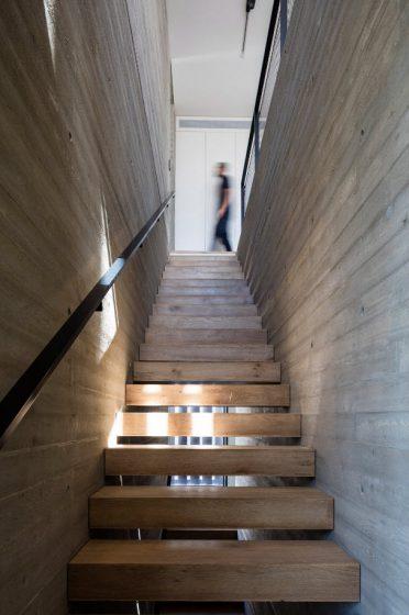 Diseño de escaleras - peldaños de madera