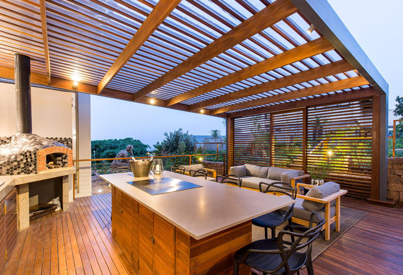 Dise o de fachada de casa moderna con fotos construye hogar for Terrazas de madera modernas