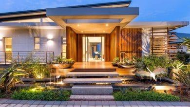 Photo of Diseño de fachada de casa moderna con fotos de interiores, casa en armonía con la naturaleza y el arte
