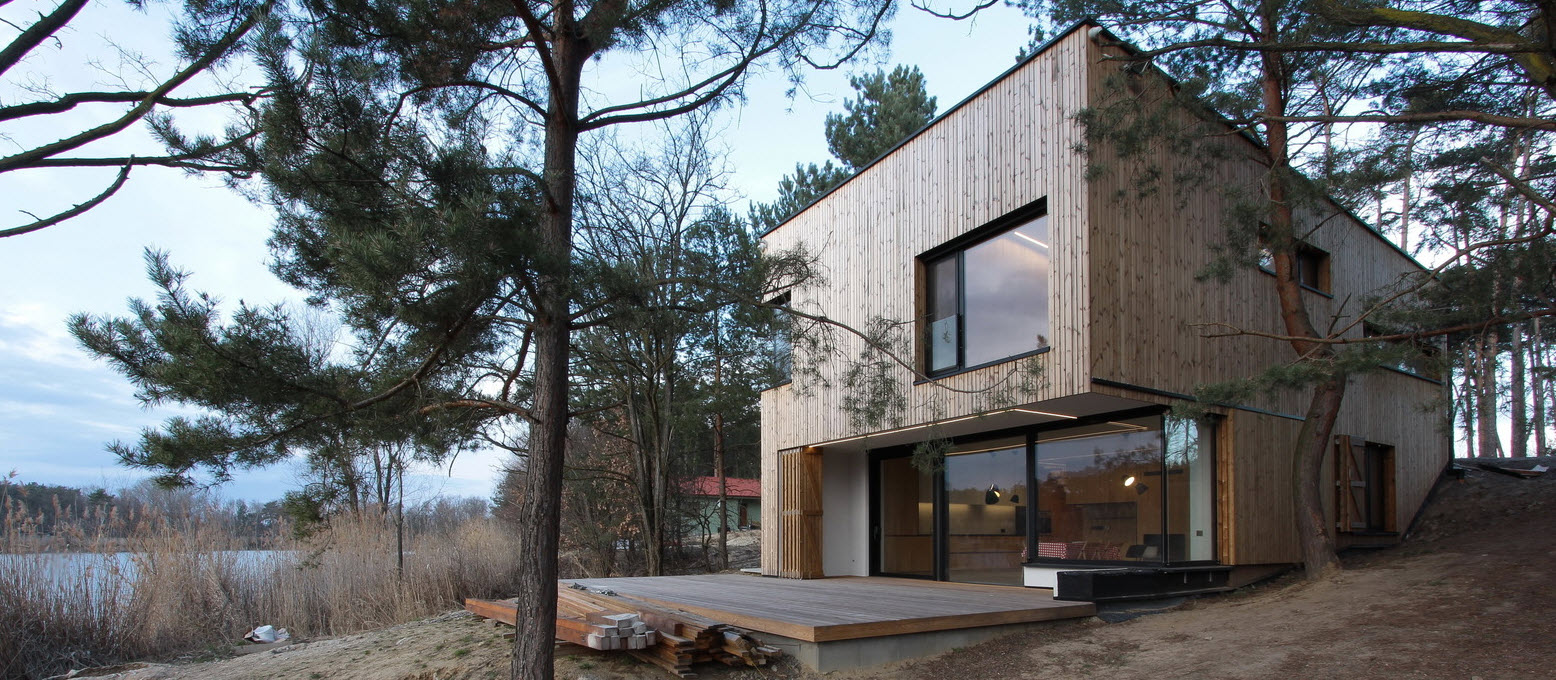 Diseño de casa de campo pequeña con moderna estructura de madera ...