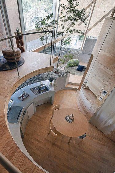 Diseño de cocina ovalada madera