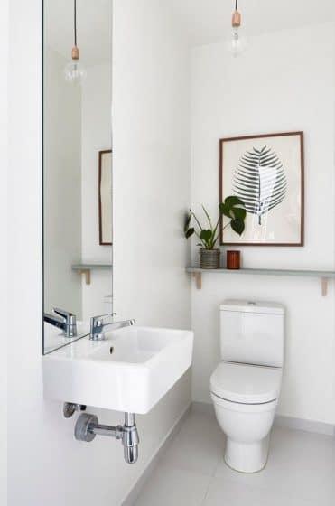 Básico y sencillo diseño cuarto de baño