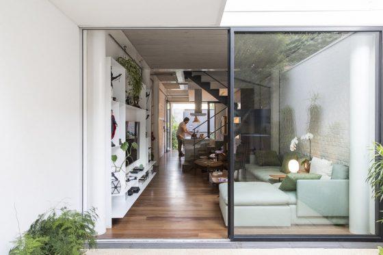 Diseño de sala con mamparas