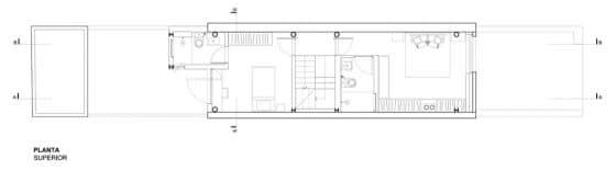 Plano de casa de dos pisos pequeña angosta