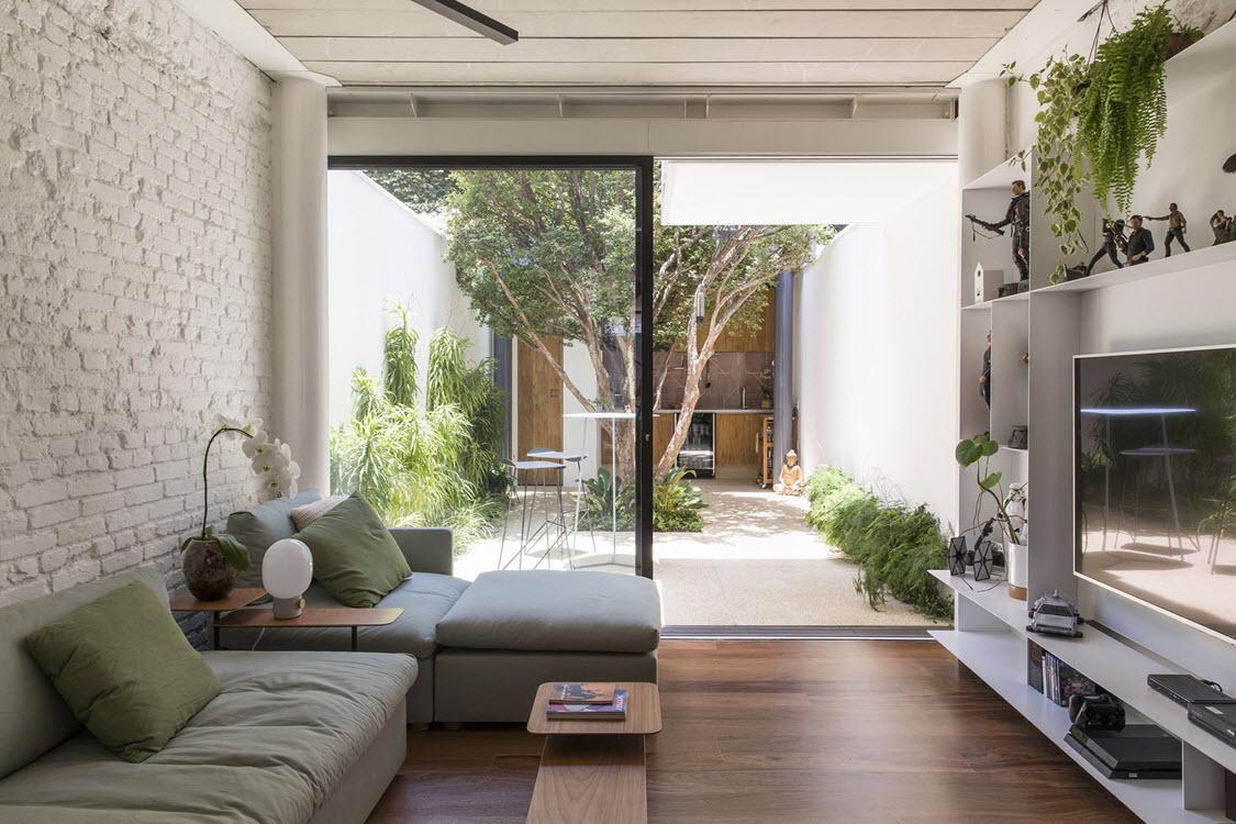 Planos de casa peque a angosto terreno construye hogar for Casas con patio interior