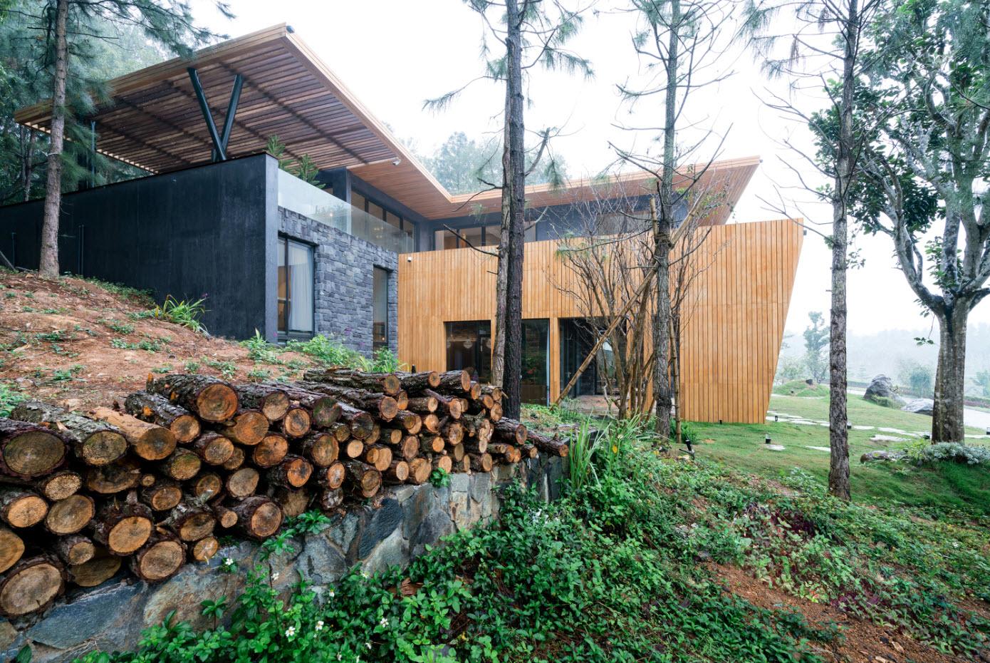 Modelo casa rural de madera y piedra
