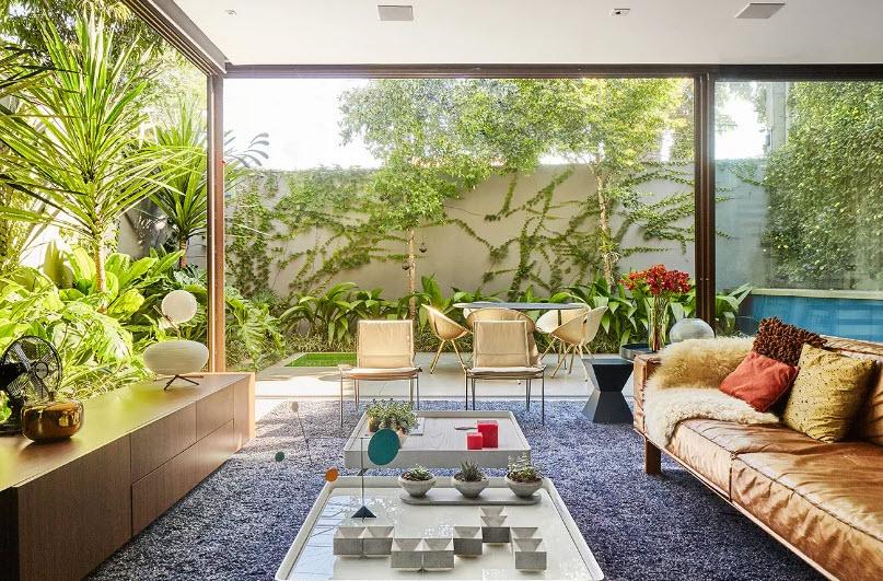 Sala con jardín