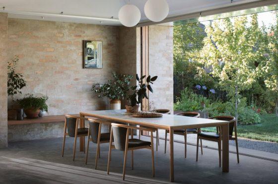 Diseño de comedor especial para casa de estilo rústico