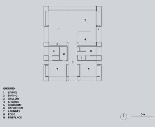 Plano de casa rústica de dos dormitorios, para construir en terreno cuadrado